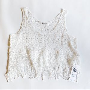 Cupshe Tops - CUPSHE White Crochet & Fringe Crop Top NWT Small